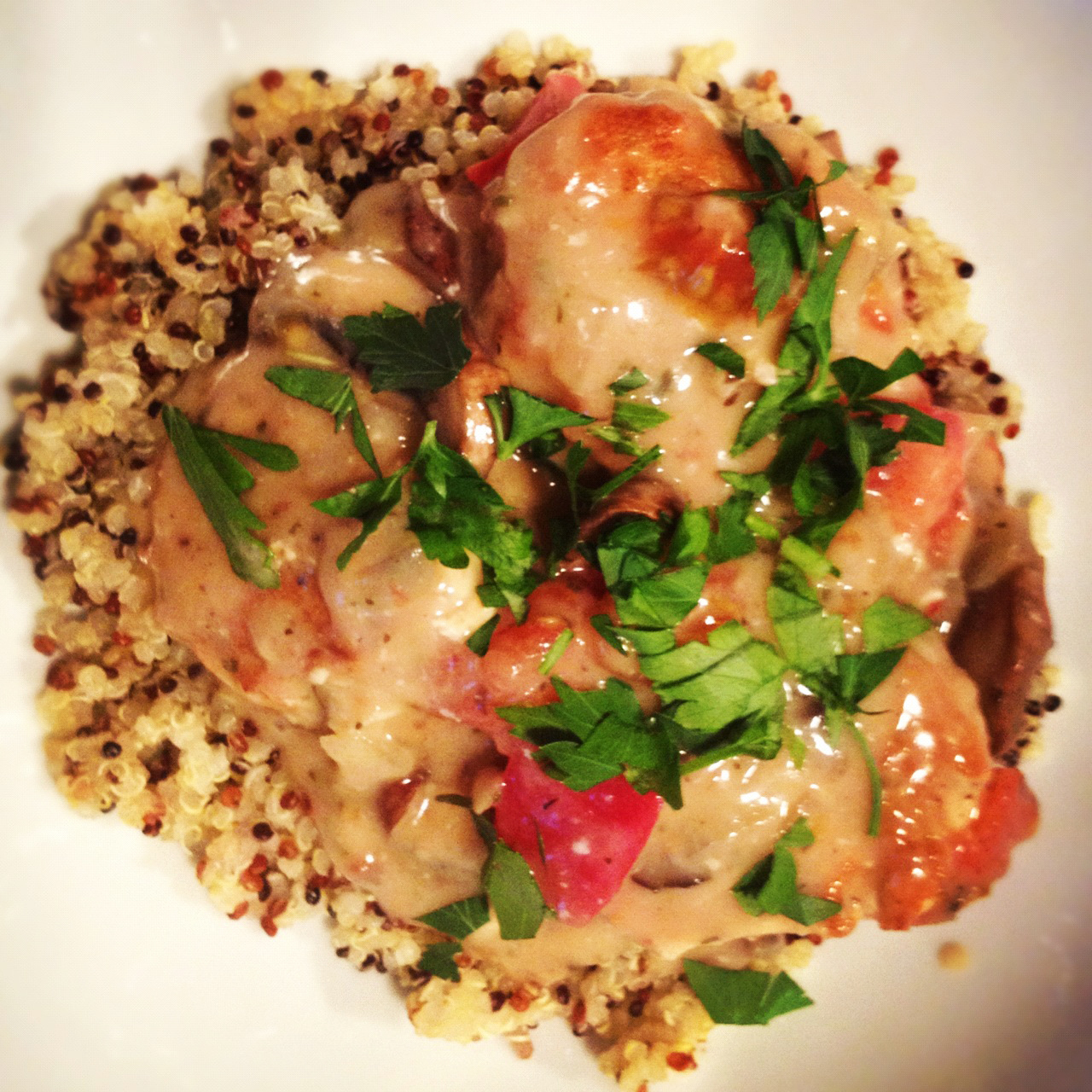 [Recipe] Herbs de Provence Chicken Meatballs in a Cremini Mushroom sauce with Rainbow Quinoa