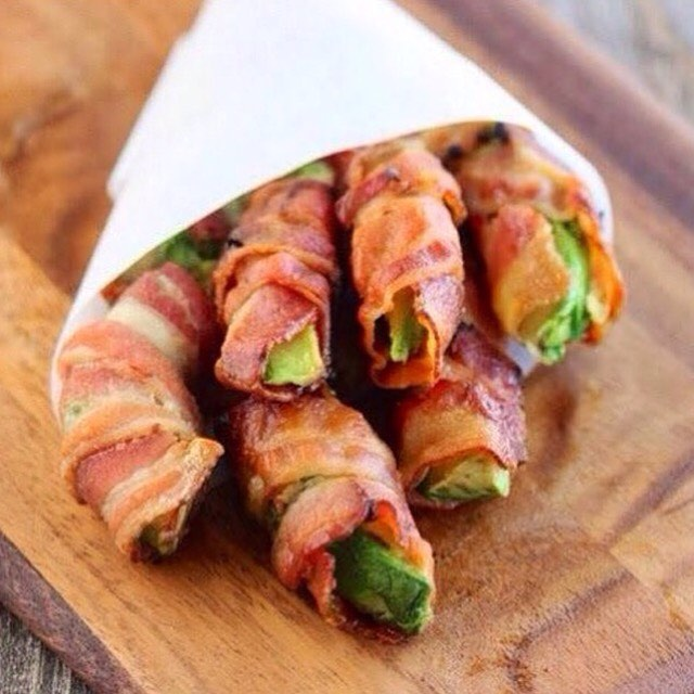 Are you ready for #2016?! Well these #Bacon Wrapped Avocado Fries are the perfect #Snack to #MakeAtHome to KICK off your #NewYearsEve Party!! Need we say any more besides you and your company will LOVE It, Thank us Later & #HappyNewYear!! | #YouGottaEatThis #YGET #WDYET #😍 #😳 #🐷 #💣 #🍟
