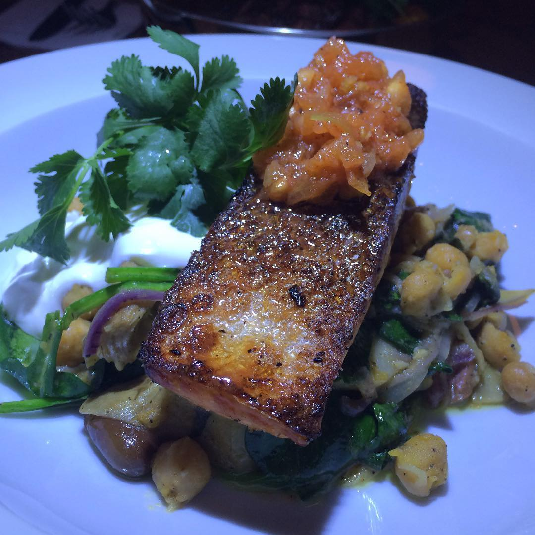 The Grilled Wild Salmon at @ZiZiLimona is without a Doubt Approved!! 💣🔥 Sitting on a bed of Chickpea Stew, Grilled Artichokes, Kalamata, Spinach, Tomato Salsa and Yogurt!! Brooklyn has a Winner!!