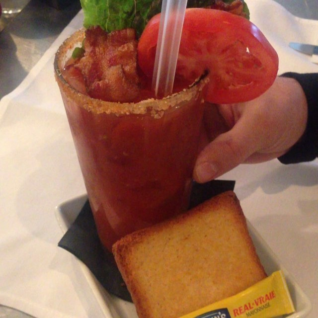 @yougottadrinkthis and @kadoma713 is out in enjoying the Johnny's Famous BLT MARY!! It's both & Approved!! 💣🔥🔑😍🐽🏆🍅🍞