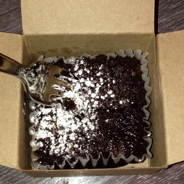 The BROWNIE in a BOX at The Continental in is APPROVED!! 😍📦😍