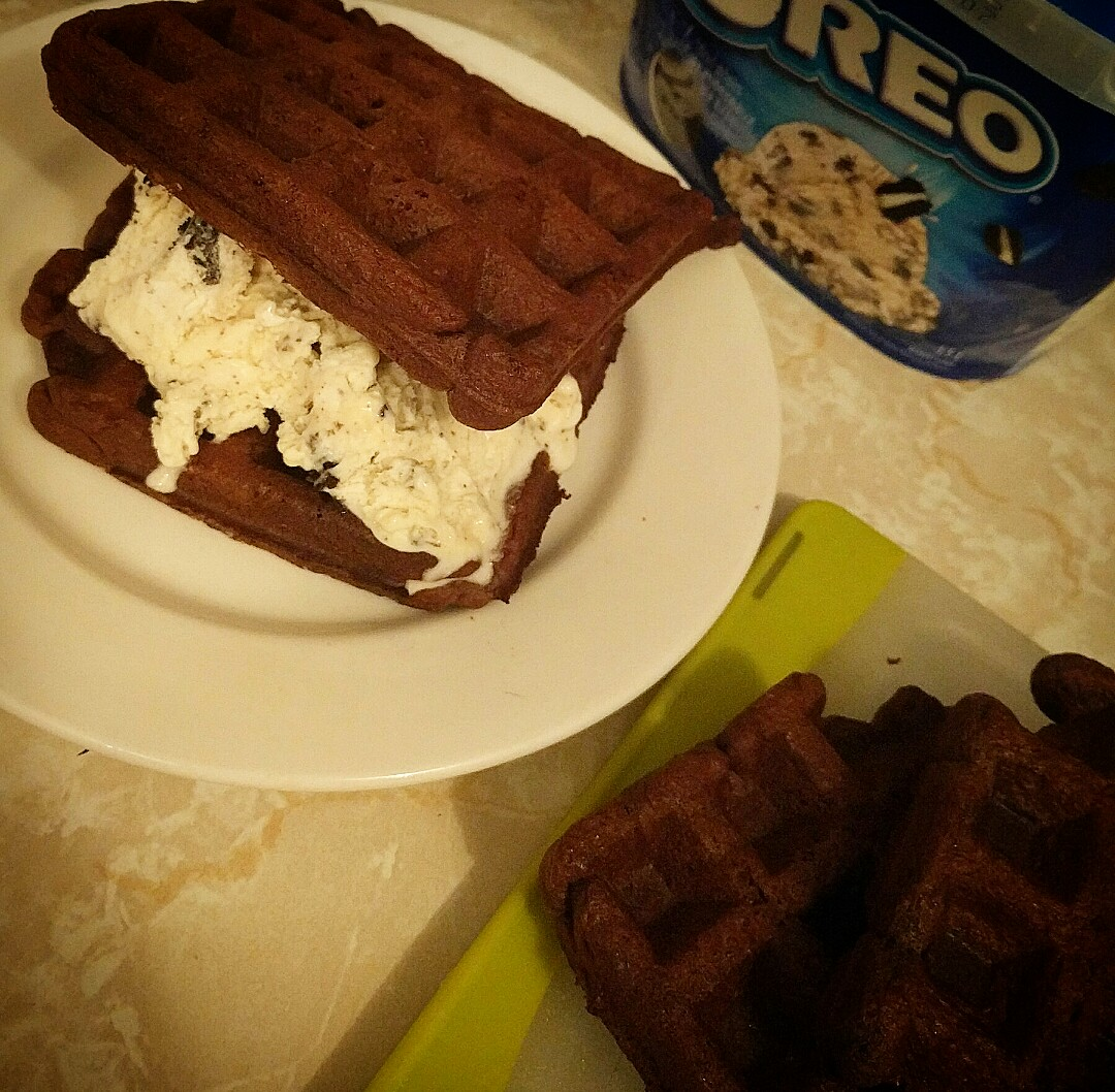 Chocolate Oreo Wafflewich