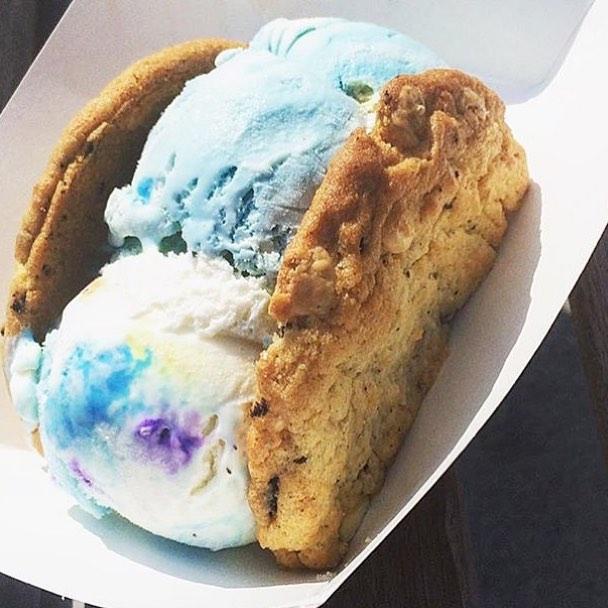 Ice Cream Cookie Sandwich = Birthday Cake Ice Cream + Cookies and Cream Chip Cookies perfected by @MooMilkBar | 📸: @kgoberdhan_