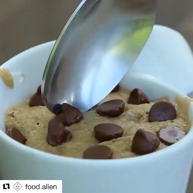 COOKIE IN A CUP!! 🎥: @Food.Alien